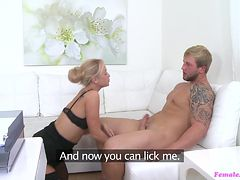 naughty agent makes her client please her orally