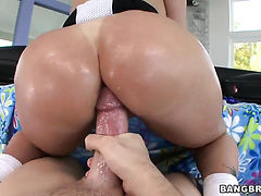 Tiffany Mynx with big bottom and trimmed snatch loves the way he fucks her ass way
